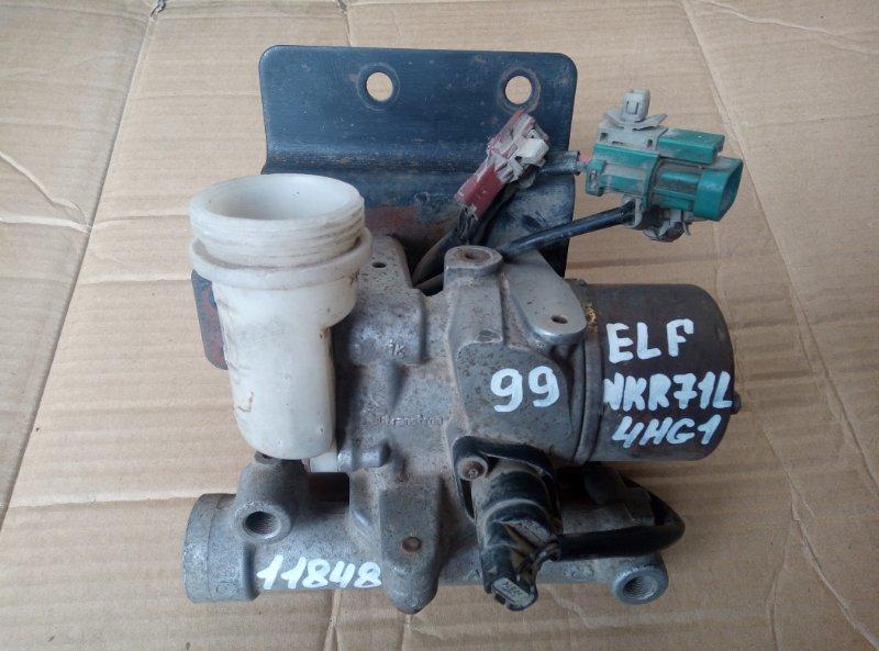Цилиндр сцепления, главный Isuzu Elf NKR71L 4HG1 2001