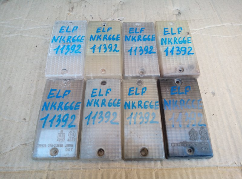 Стекло Isuzu Elf NKR66E 4HF1