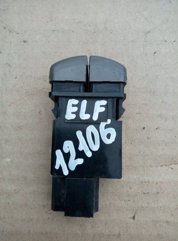 Кнопка включения противотуманных фар Isuzu Elf NKR66E 4HF1