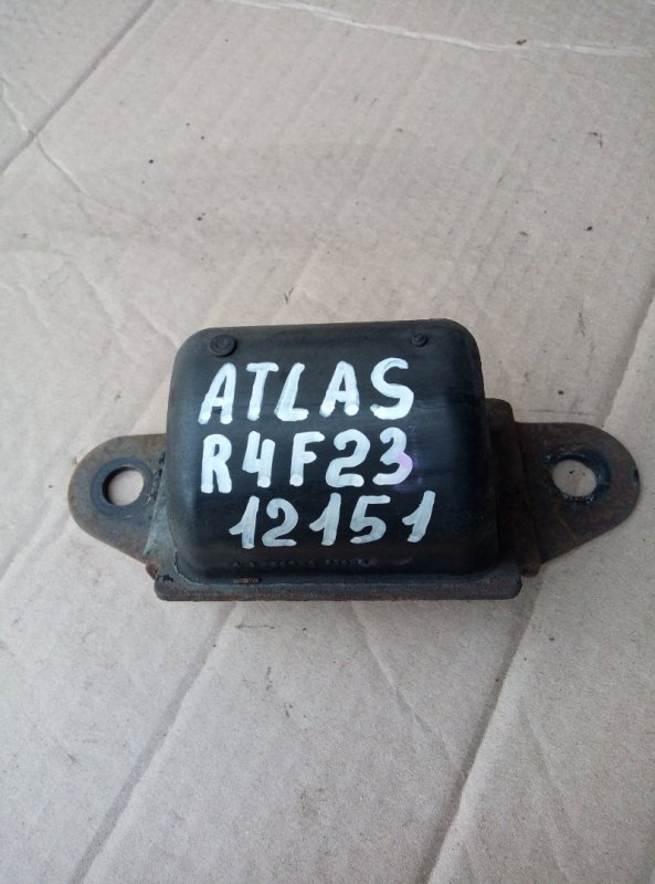 Отбойник рычага Nissan Atlas R4F23 QD32 2000 правый