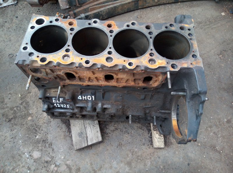 Блок двигателя Isuzu Elf 4HG1