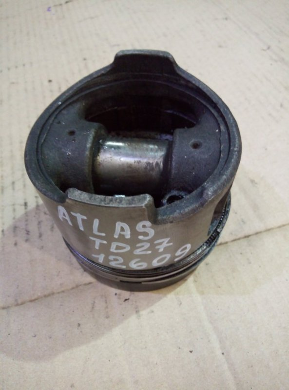 Поршень Nissan Atlas P4F23 TD27
