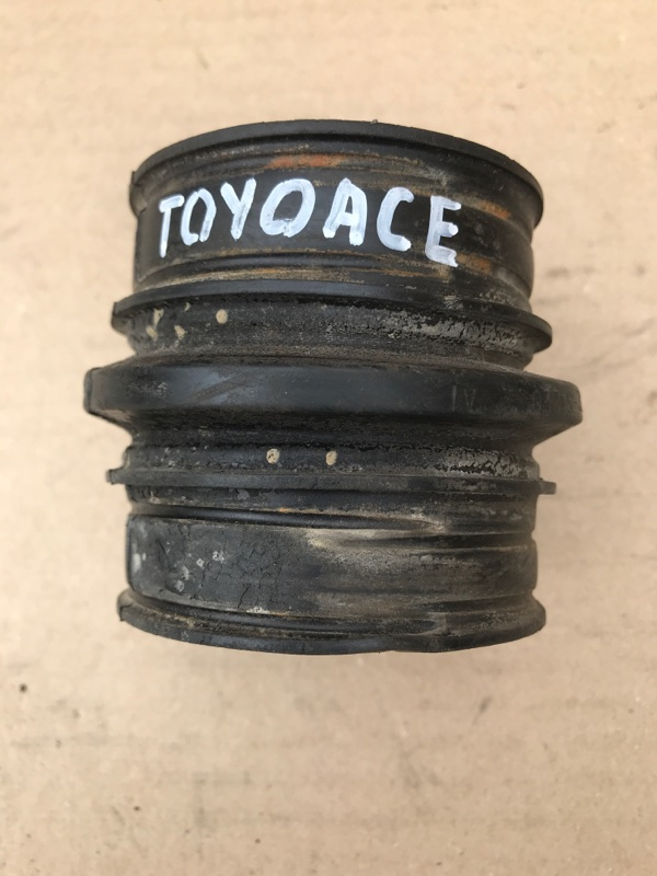 Гофра воздушного фильтра Toyota Toyoace LY161 3L 1998