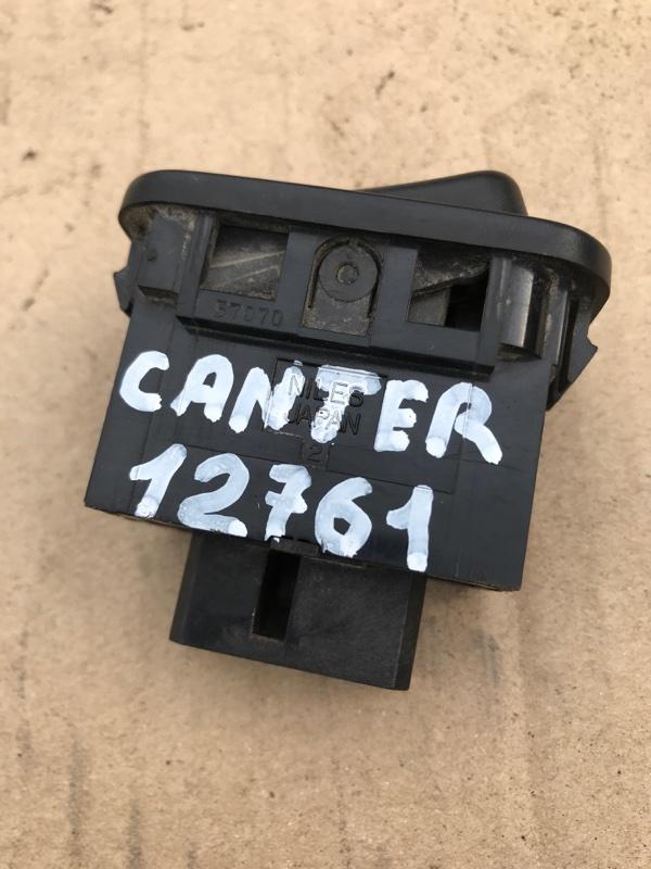 Кнопка включения противотуманных фар Mitsubishi Canter FE638EV 4D35 1996