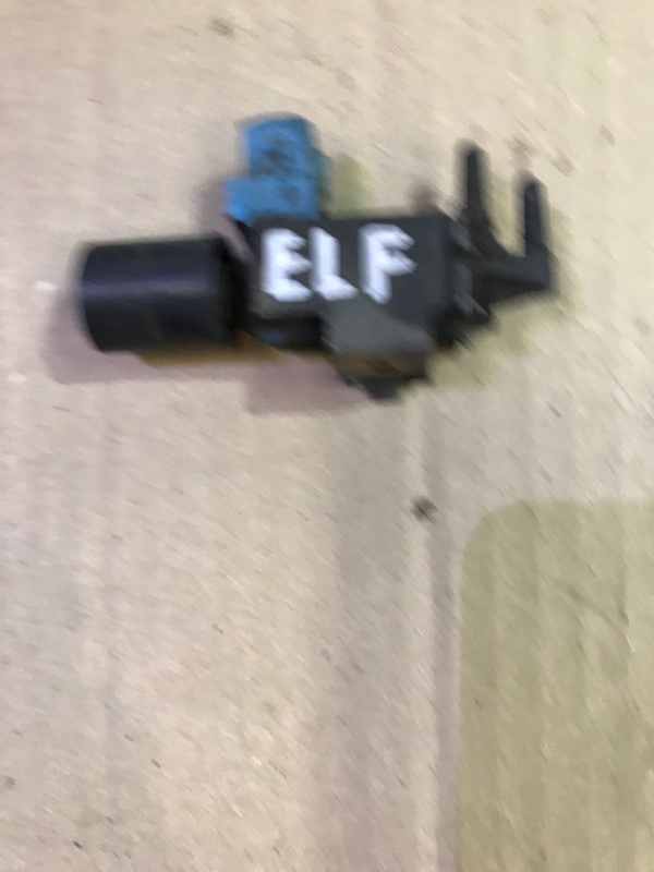 Клапан электромагнитный Isuzu Elf NKR66G 4HF1 1993