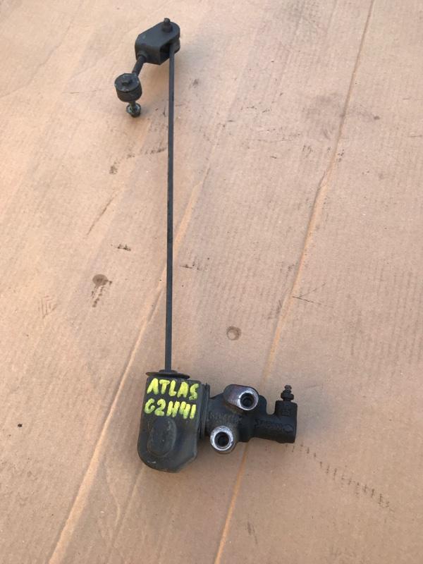 Клапан перераспределения тормозных сил Nissan Atlas G2H41 FD42 1994