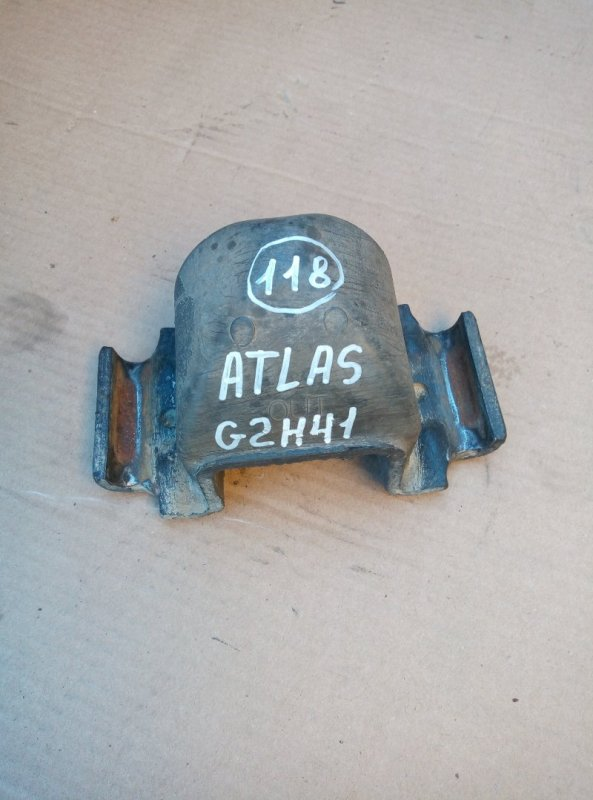 Отбойник моста Nissan Atlas G2H41 FD42 1994 задний