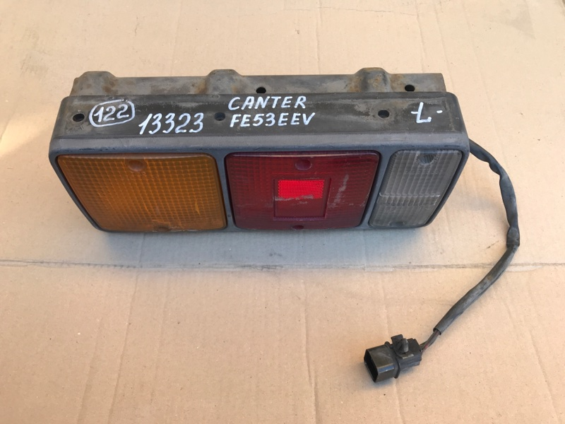 Стоп сигнал Mitsubishi Canter FE53EEV 4M51 2000 левый