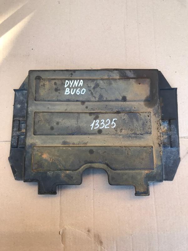 Крышка акб Toyota Dyna BU60