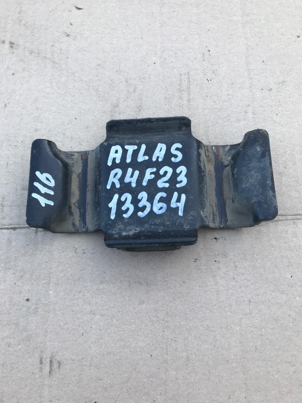 Опора рессоры Nissan Atlas R4F23 QD32 2005 задняя