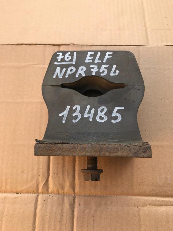 Отбойник моста Isuzu Elf NPR75L 4HK1 1999 задний