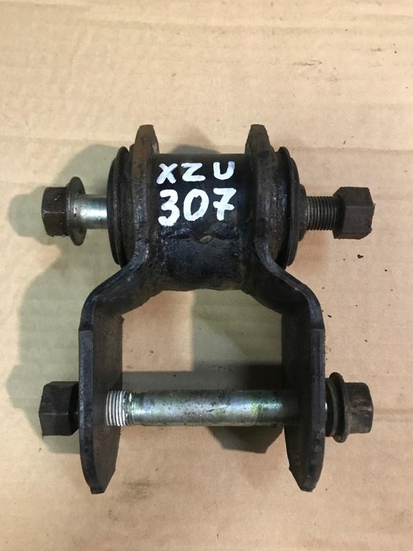 Серьга рессорная Toyota Toyoace XZU307 S05C 2003 задняя