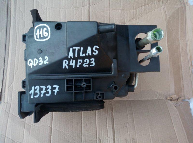Корпус кондиционера Nissan Atlas R4F23 QD32 2005