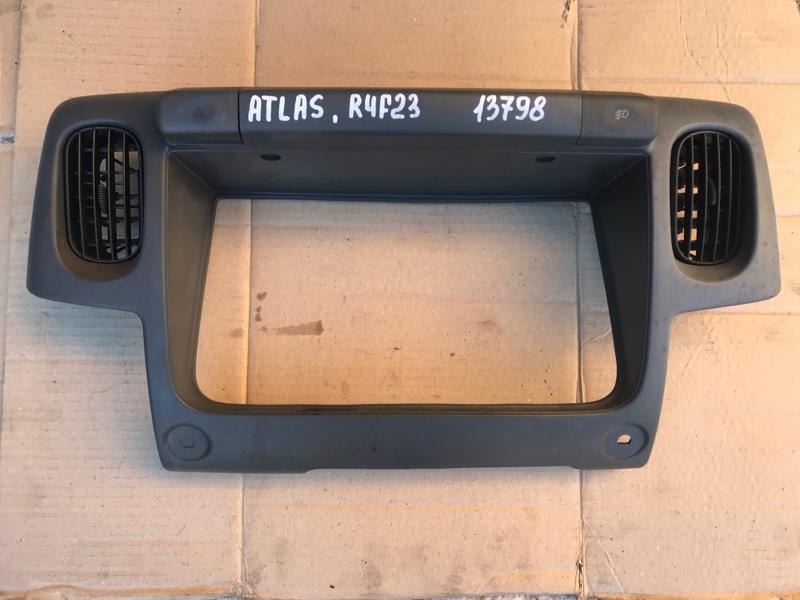 Консоль щитка приборов Nissan Atlas R4F23 QD32
