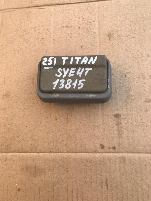 Пепельница Mazda Titan SYE4T FE 2002