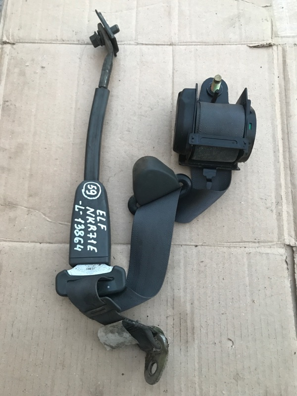 Ремень безопасности Isuzu Elf NKR71E 4HG1 2000 левый