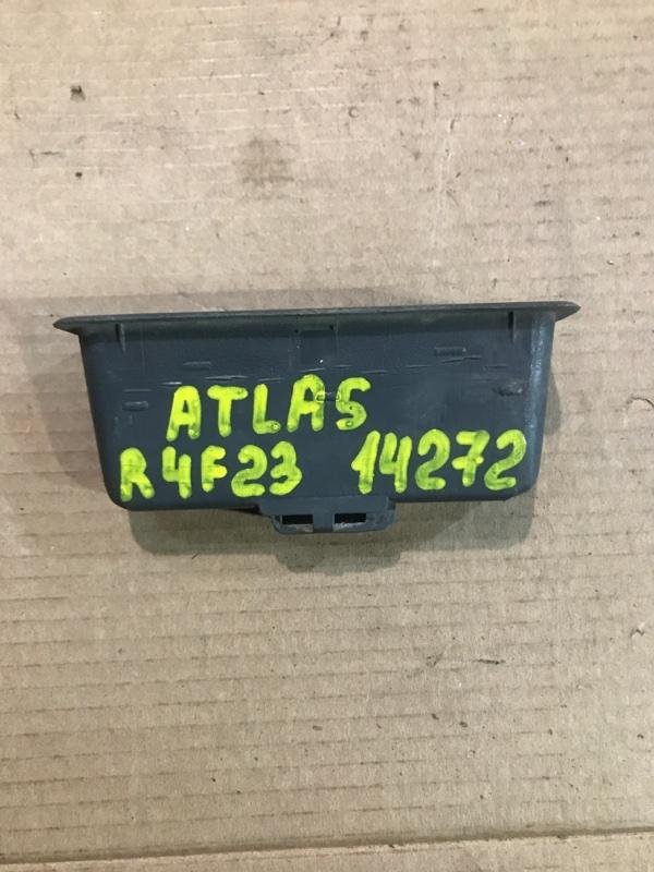 Ручка двери, салонная Nissan Atlas R4F23 QD32 1999