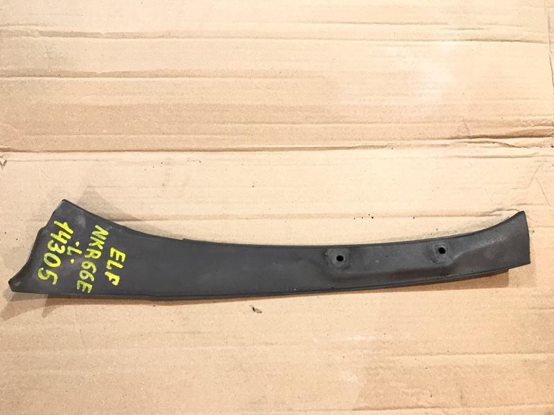 Накладка Isuzu Elf NKR66E 4HF1 1998 левая