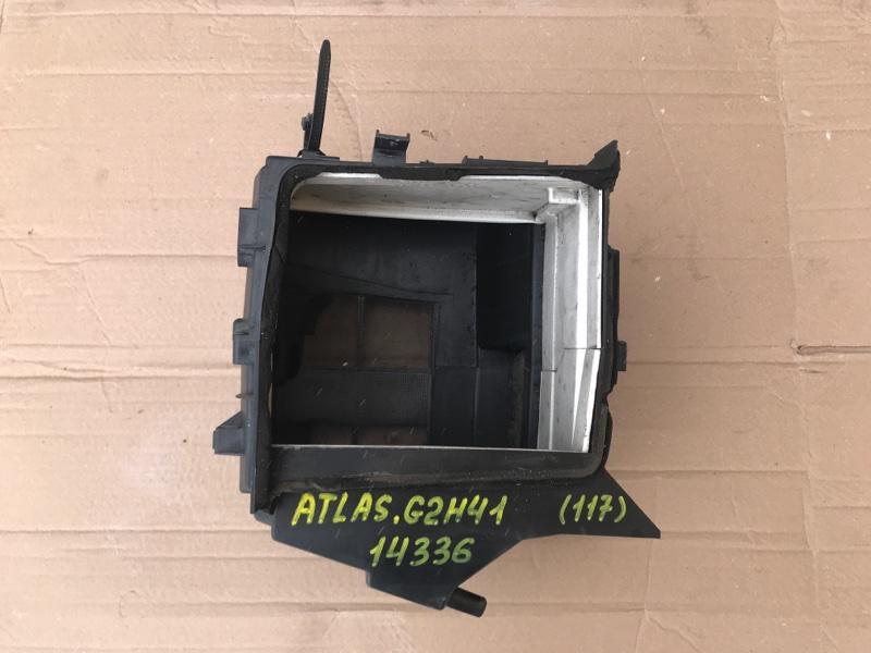 Корпус кондиционера Nissan Atlas G2H41 FD42 1993