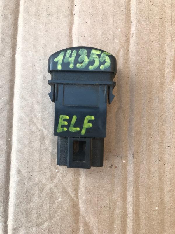 Кнопка аварийки Isuzu Elf NPR75L 4HK1 2002
