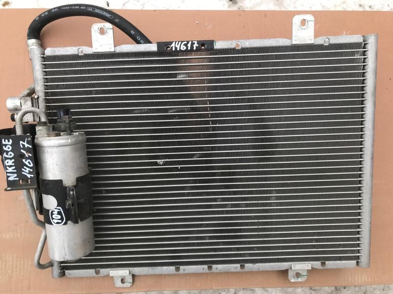 Радиатор кондиционера Isuzu Elf NKR66E 4HF1 2002