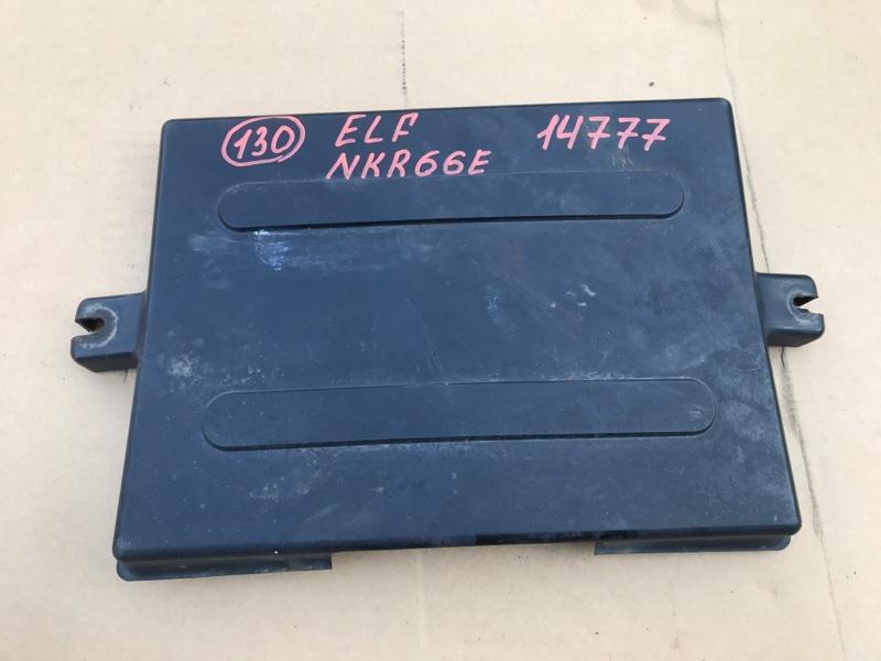 Крышка акб Isuzu Elf NKR66E 4HF1 1994