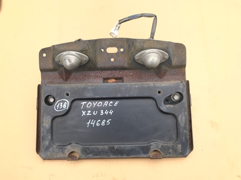 Подсветка номера Toyota Toyoace XZU344-1002309 N04C 2007