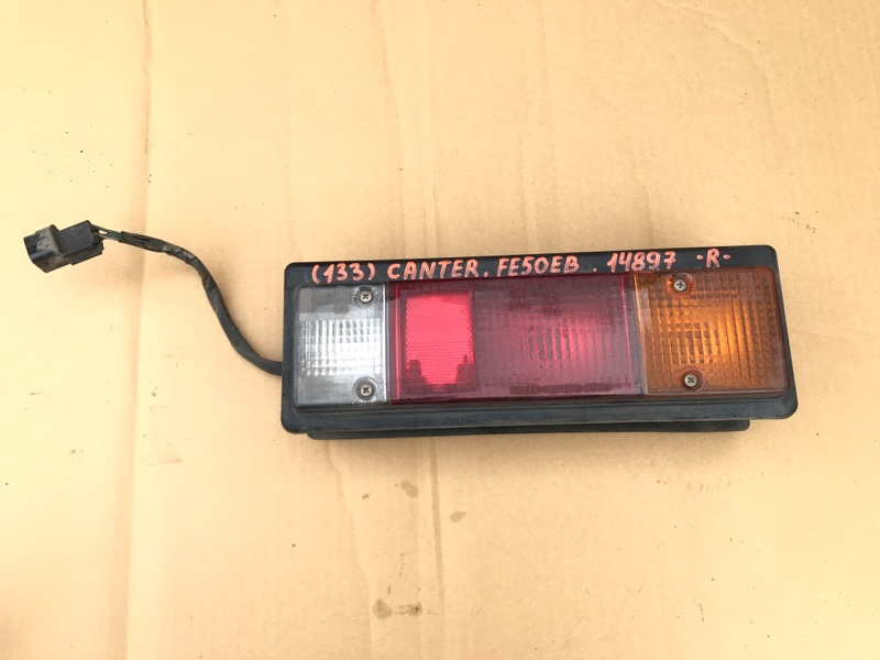 Стоп сигнал Mitsubishi Canter FE50EB 4M51 2000 задний правый