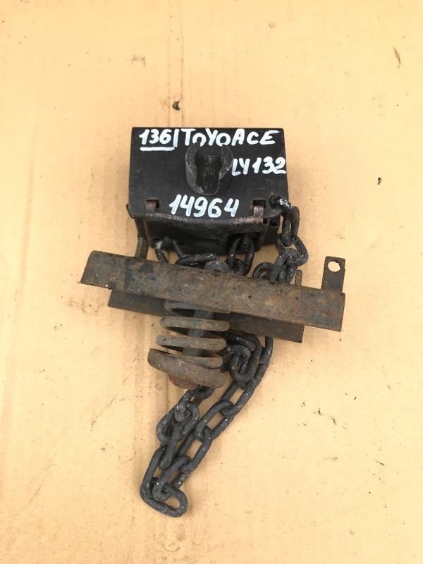 Механизм крепления запасного колеса Toyota Toyoace LY132-0004527 5L 2000