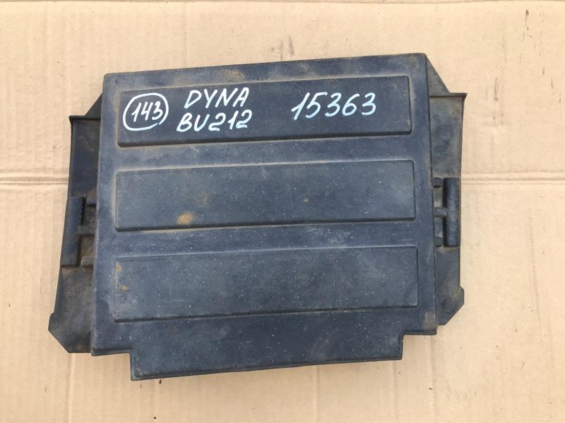 Крышка акб Toyota Dyna BU212 15B 1996