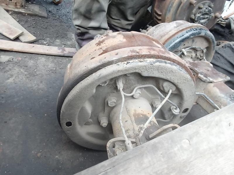 Тормозной барабан Toyota Dyna XZU421 S05D 2001 задний правый