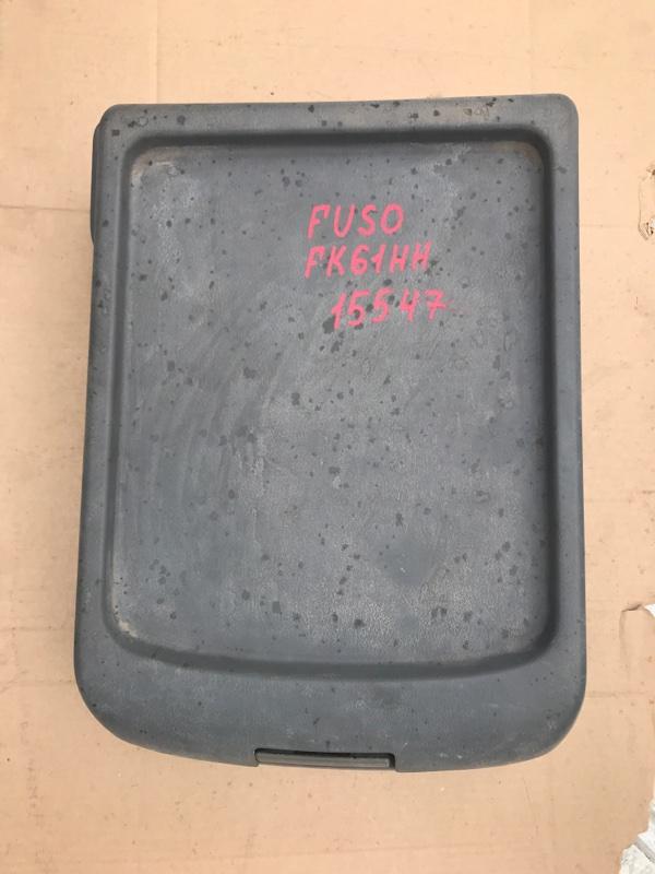 Бардачок, между сиденьями Mitsubishi Fuso FK61HH 6M61 2001