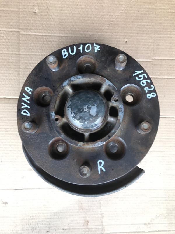 Ступица Toyota Dyna BU107 15B передняя правая