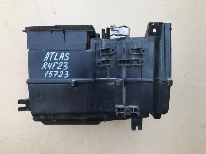 Корпус печки Nissan Atlas R4F23 QD32 1999