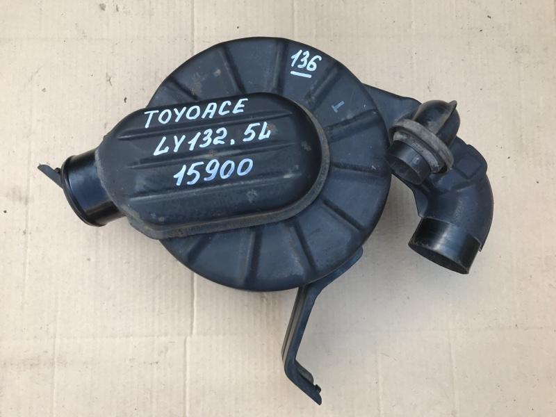 Корпус воздушного фильтра Toyota Toyoace LY132 5L 2000