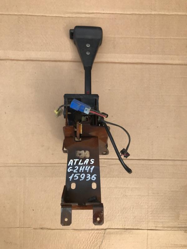 Селектор кпп Nissan Atlas G2H41 FD42 1995