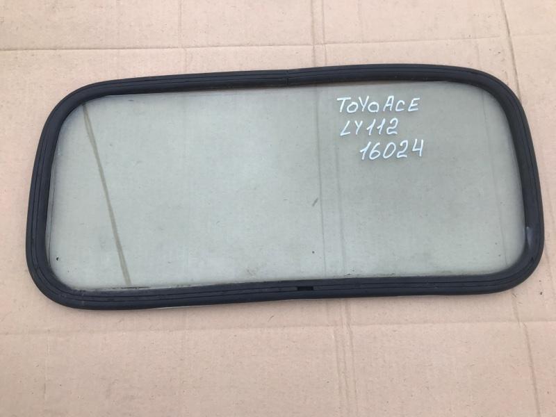Стекло Toyota Toyoace LY112 5L 2000