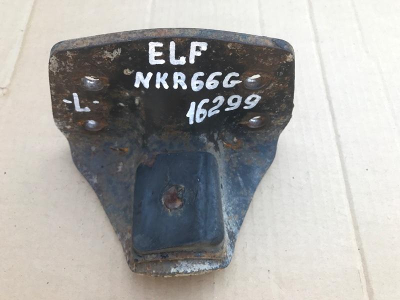 Кронштейн подрессорника Isuzu Elf NKR66G 4HF1 1998 левый