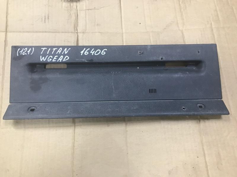 Консоль Mazda Titan WGFAK TF 1996