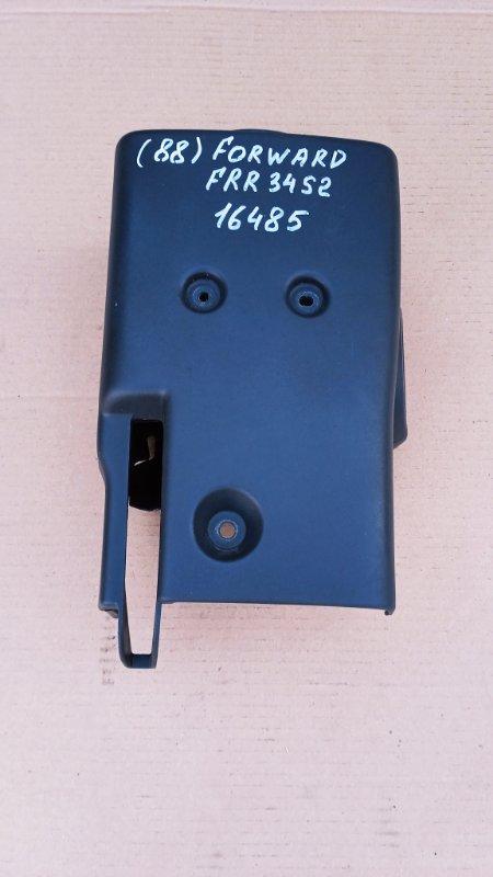 Кожух рулевой колонки Isuzu Forward FRR34S2 6HK1 2010