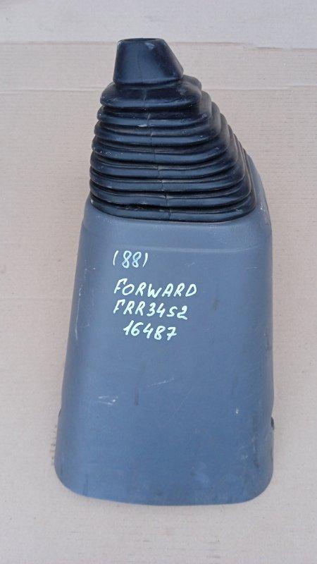 Кожух рычага кпп Isuzu Forward FRR34S2 6HK1 2010