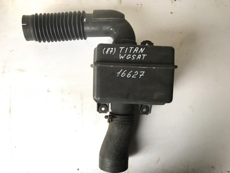 Патрубок воздухозаборника Mazda Titan WGSAT VS 1996
