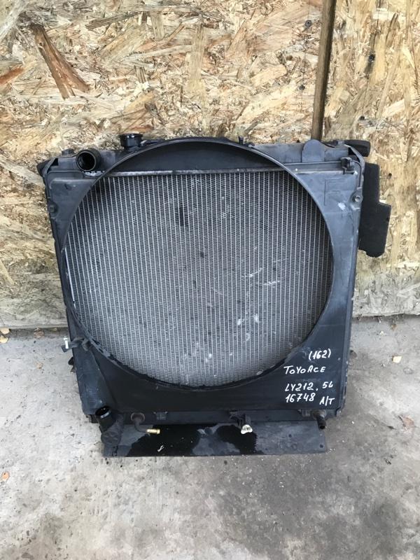 Радиатор охлаждения двигателя Toyota Toyoace LY212 5L 2000