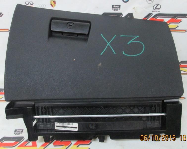 Бардачок Bmw X3 E83 N52B30 2007