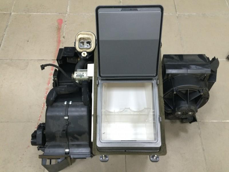Холодильник Bmw 7-Series E65 N62B44A 2003