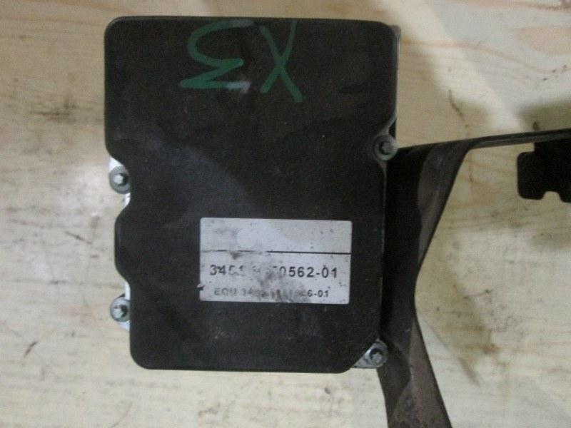 Блок abs Bmw X3 E83 N52B30 2007