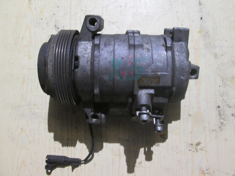 Компрессор кондиционера Bmw X5 E53 M62B44TU 2001