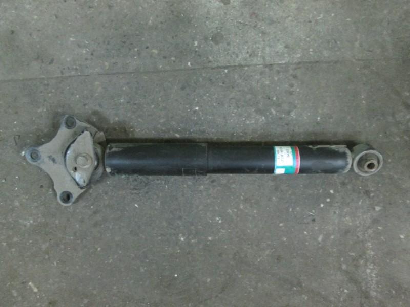 Амортизатор Lexus Rx270 AGL10 1AR-FE 2012 задний