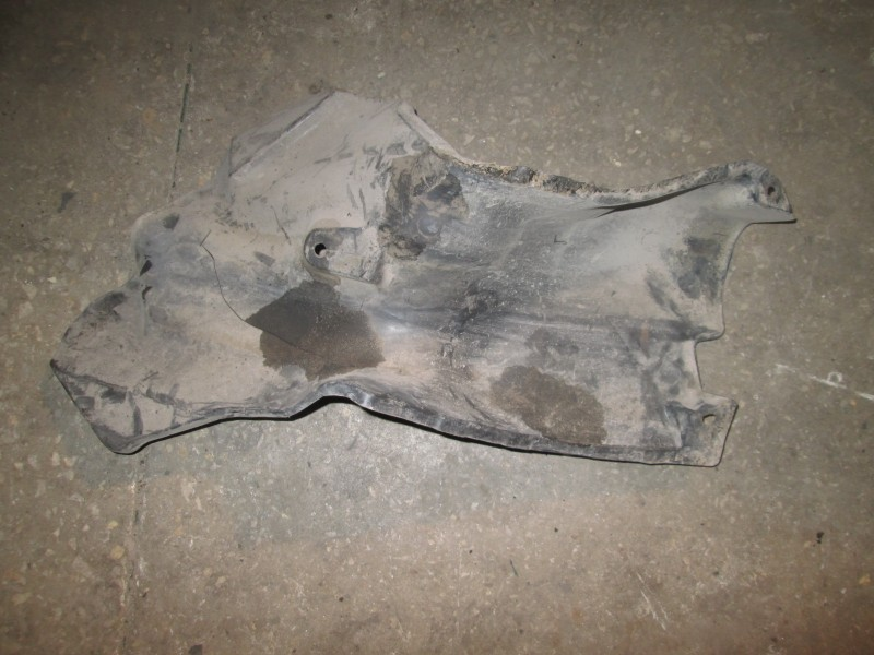 Защита днища кузова Honda Civic FD3 LDA2 2011