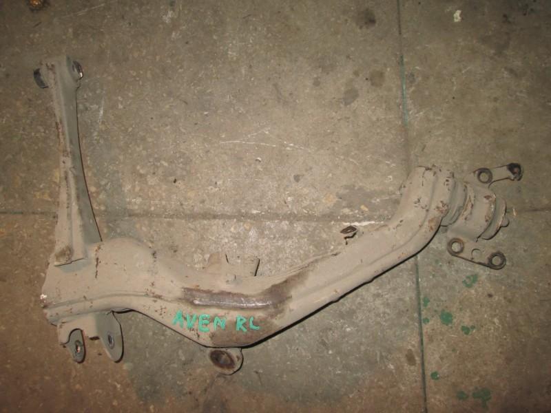 Рычаг, тяга подвески Toyota Avensis ZZT251 1ZZ-FE 2004 задний левый нижний